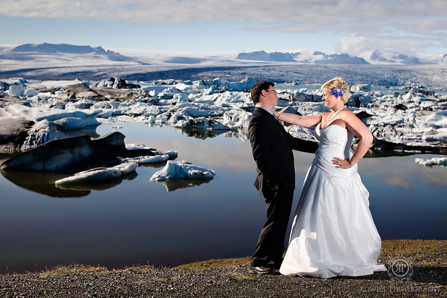 honeymoon photo shoot glacial lagoon Destination Iceland Honeymoon