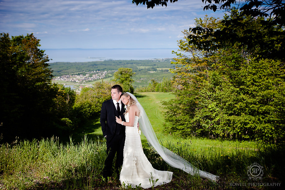 romantic couples photography Blue Mountain Resort Wedding   Collingwood, ON