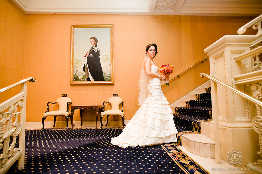 wedding bridal portraits king edwrd hotel toronto1 Last Wedding of the season – Toronto, ON