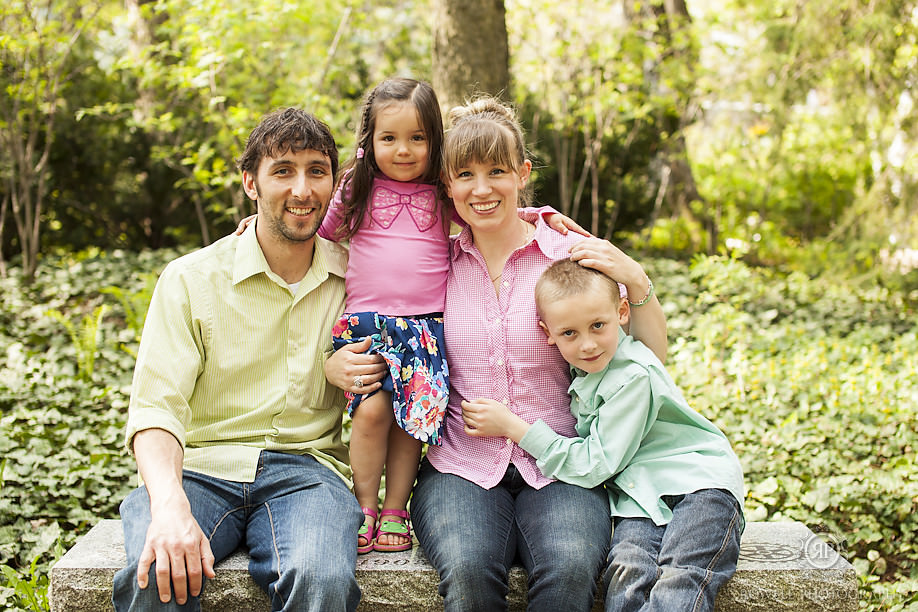Barrie ontario family photography1 Tighe Family   Families in the Park