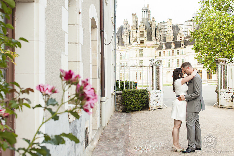 romantic wedding photography chateau chambord Honeymoon Chateau Chambord, France