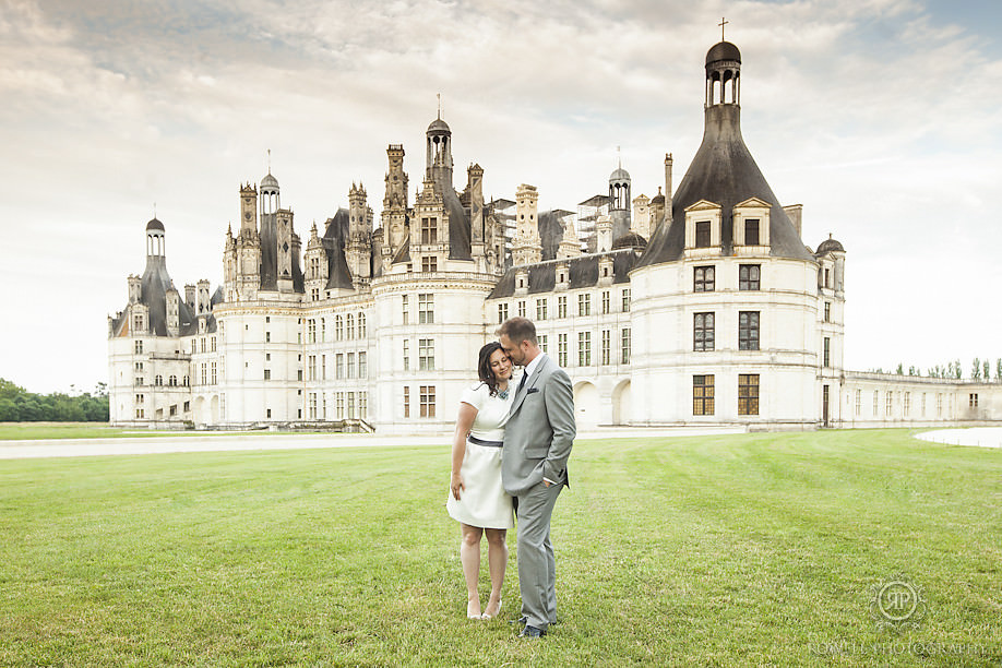 stunning french castle wedding photos chambord Honeymoon Chateau Chambord, France