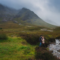 Scotland photographer captures couples anniversary photos in Scottish Highlands Skyfall location.