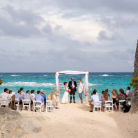 Bermuda photographer captures wedding of Olympic and world figure skater Meagan Duhamel at Stonehole Bay.