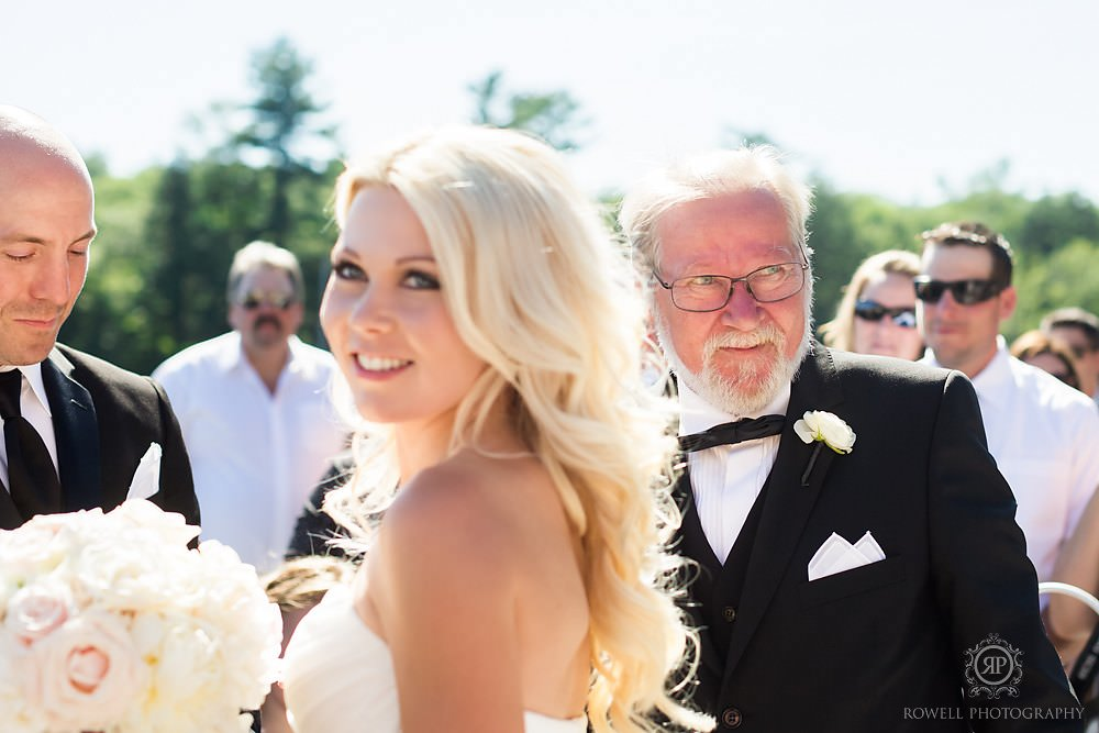 candid wedding moments in muskoka Wedding at Rocky Crest Resort