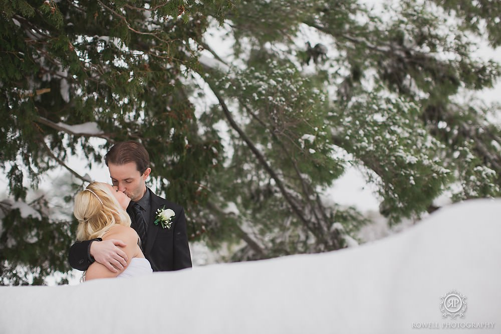 cute winter wedding photos canada Taboo Resort Muskoka   Winter Elopement
