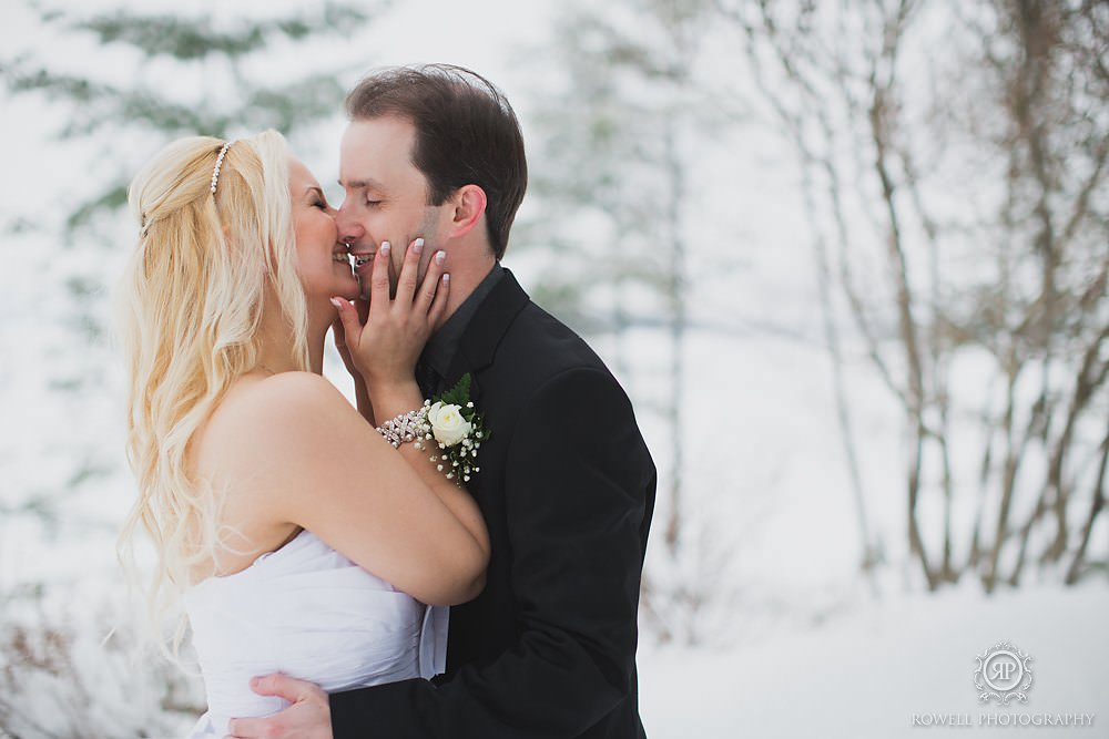 winter wedding in muskoka photos Taboo Resort Muskoka   Winter Elopement