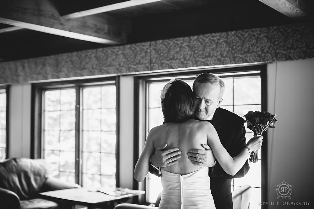 trillium resort muskoka winter wedding father hug black white Trillium Resort Muskoka   Winter Wedding