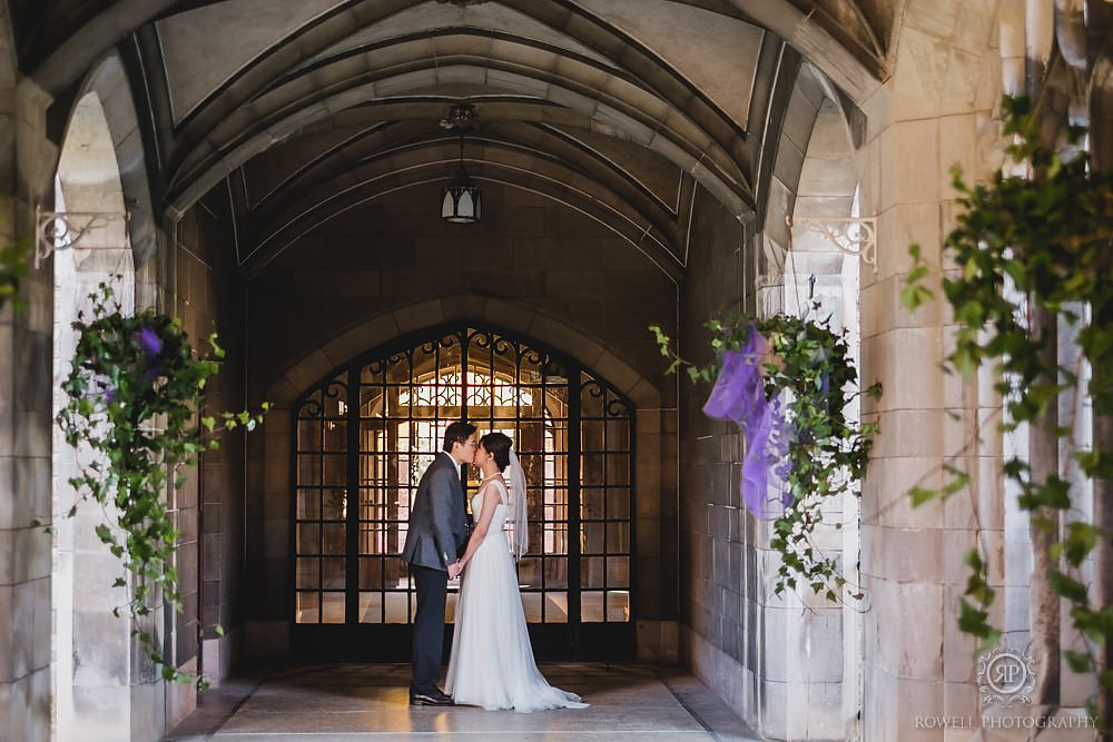 pre-wedding toronto photography canada knox college cloisters